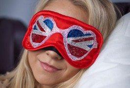 Fliegen im Luxus und mit Swarovski-Schlafmaske