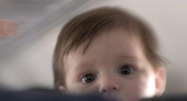 Baby on Board: Tipps fürs Fliegen mit Babys und Kleinkindern