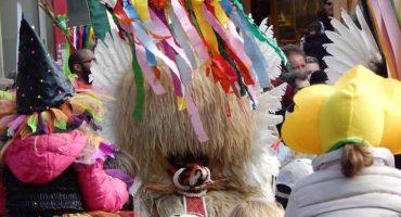 Karneval-Fotoserie: Taschentücher für den Kurent