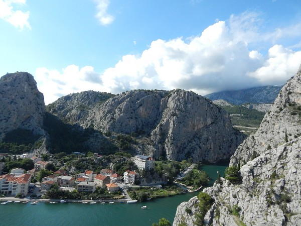 canyon-panorama-omis