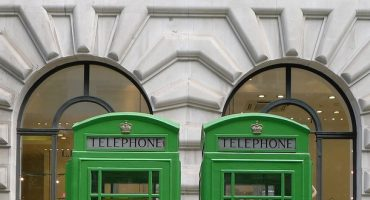 Grüne Telefonzellen in London