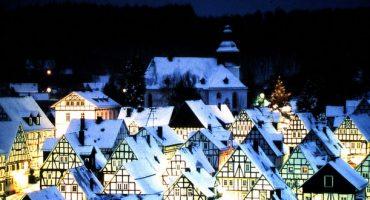 Freudenberg macht aus Altstadt Adventskalender