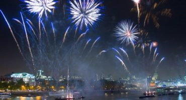 Briten feiern Bonfire Night
