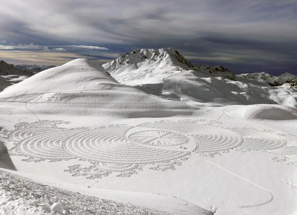 schnee-kunst-frankreich