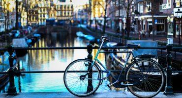 Amsterdam kreiert neue Fahrradparkplätze