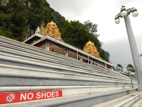 no-shoes-batu-kl