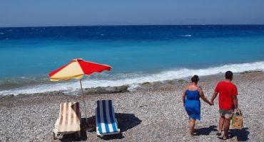 Das Mittelmeer lockt noch immer mit Badetemperaturen