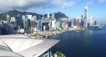 Eine Drohne über Hongkong