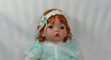 Flugtickets für lebensechte Puppen