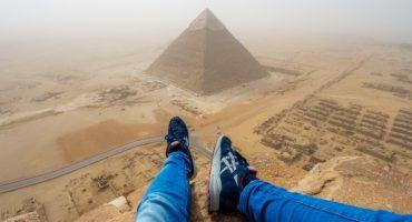 Münchner erklimmt Pyramide