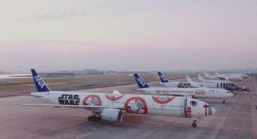 Star-Wars-Musik mit Flugzeuggeräuschen