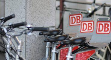 DB: Ein Ticket für Flugzeug, Zug, Taxi und Leihrad