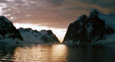 Bald Linienflüge in die Antarktis