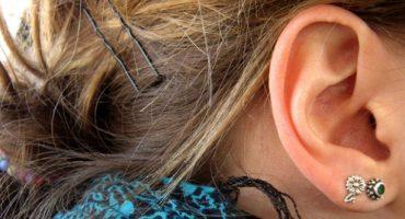 Überlebenstipps für Reisende: Was tun gegen Ohrenschmerzen bei der Flugzeuglandung